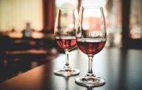 Per karantiną Airijoje 20% padaugėjo vartojančių alkoholį