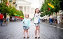 Pasaulio lietuvių mokykla jungia 200 lietuvių vaikų visame pasaulyje