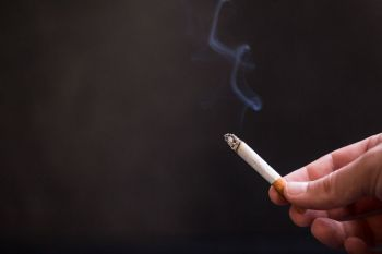 Per trejus metus rūkyti metė 80000 gyventojų