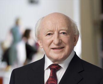 Michael D Higgins išrinktas prezidentu antrajai kadencijai