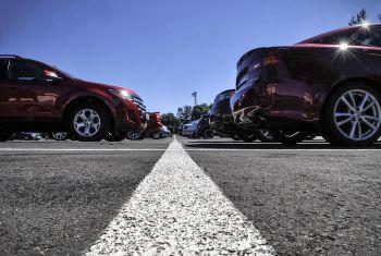 Mažėja automobilių pardavimai Airijoje