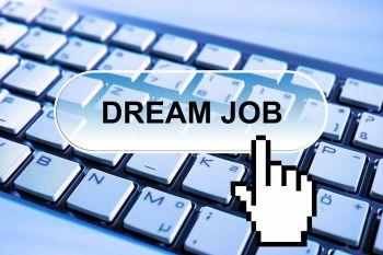 Artėjant pavasariui – 330 naujų darbo vietų