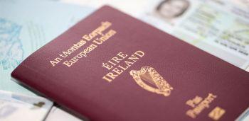 Šiais metais jau pateikta 230 000 paraiškų airiškam pasui gauti