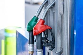 Dėl koronaviruso benzino kaina krito 15 euro centų