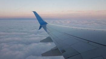 """""""Ryanair"""" perspėja apie galimus tūkstančius prarastų darbo vietų"""