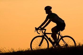 Siekiama, kad mažesni Airijos miesteliai ir kaimai būtų pritaikyti dviračiams